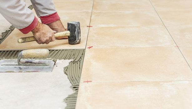 La humedad del concreto en la adecuada instalación de pisos
