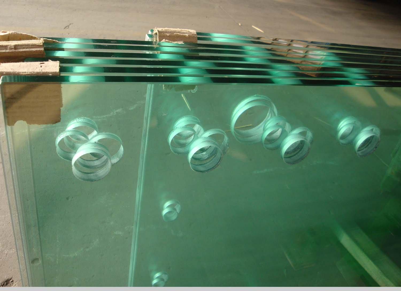 Perforaciones en vidrio