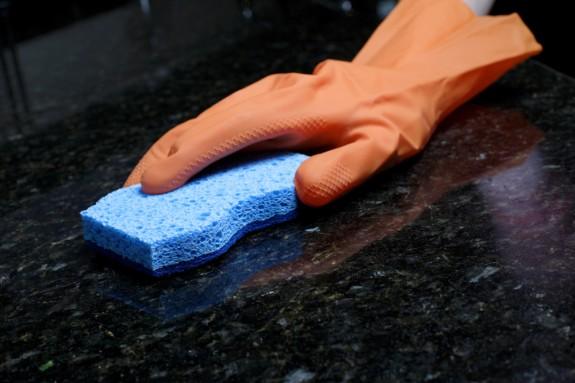 Cuidados y mantenimiento de pisos de cerámica y porcelanato